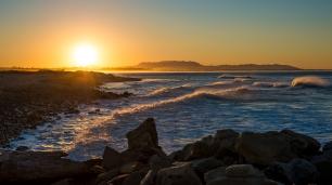 150214-8078 Ventura Beach Dawn
